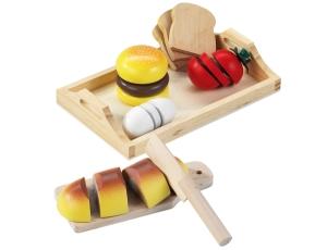 Holztablett und Holzmahlzeit